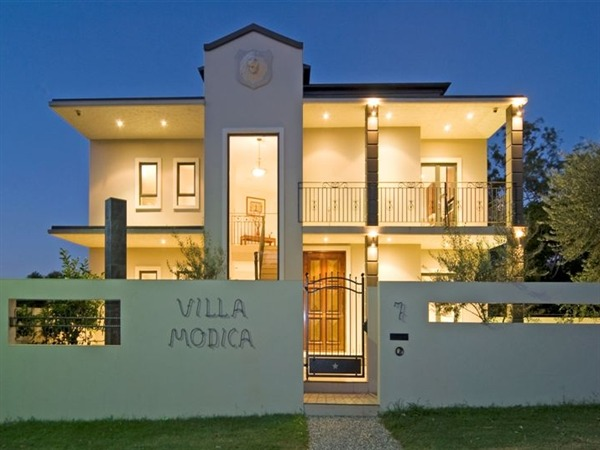 Villa Modica - VIC Tourism