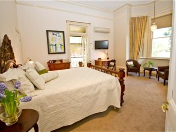 Brisbane Milton Bed and Breakfast - VIC Tourism