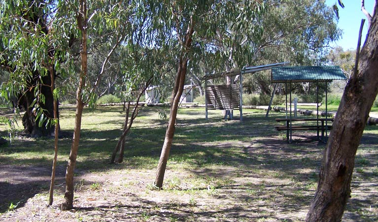 Coach and Horses campground - VIC Tourism