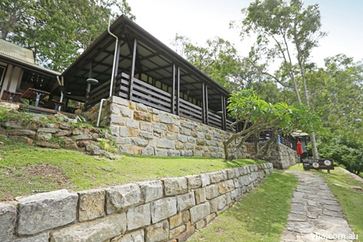 Sydney - Pittwater YHA - VIC Tourism