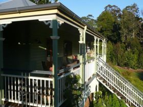 The Sanctuary Springbrook. Guest House / Cottage - VIC Tourism