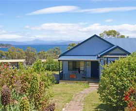 Bruny Island Accommodation Services - Omaroo Cottage - VIC Tourism