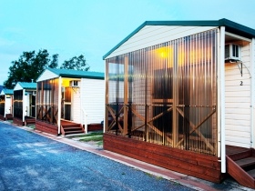 Discovery Holiday Parks  Hadspen Cosy Cabins - VIC Tourism