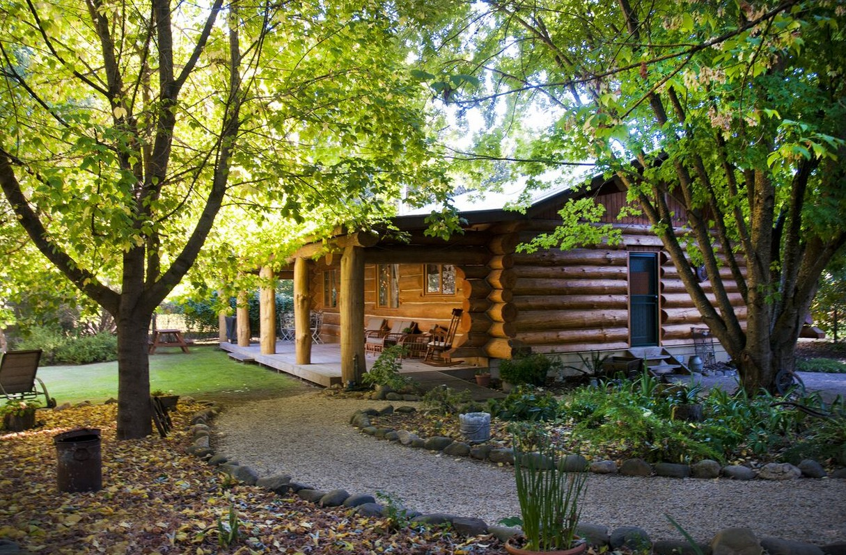 Tewksbury Lodge - VIC Tourism
