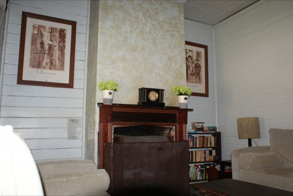 Moonan  Cottage - VIC Tourism