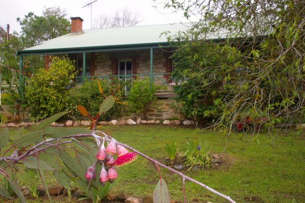 Naimanya Cottage - VIC Tourism