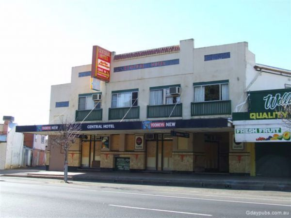 The Central Hotel - VIC Tourism