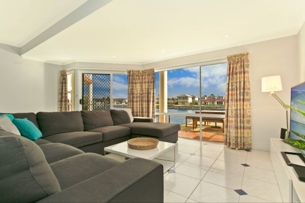 SALT Waterfront Apartment - VIC Tourism