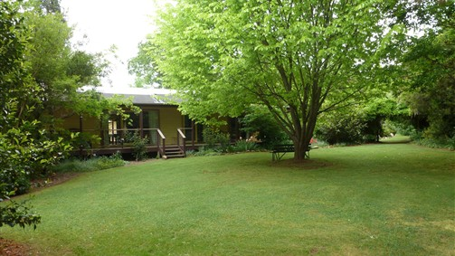 Annie's Garden Retreat - VIC Tourism