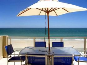 Adelaide Luxury Beach House - VIC Tourism