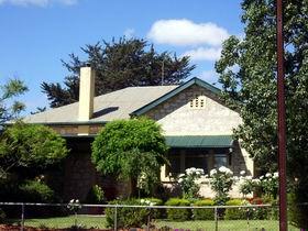 Angaston Rose BB - VIC Tourism