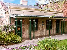 Chichester Gardens Cottage - VIC Tourism
