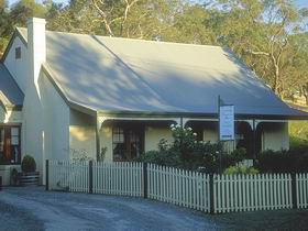 Country Pleasures Bed and Breakfast - VIC Tourism