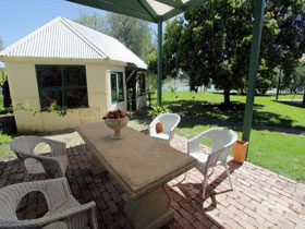 Peppercorns Bed and Breakfast - VIC Tourism