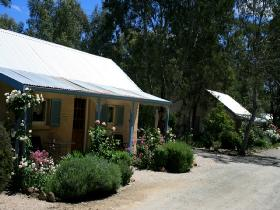 Riesling Trail Cottages - VIC Tourism