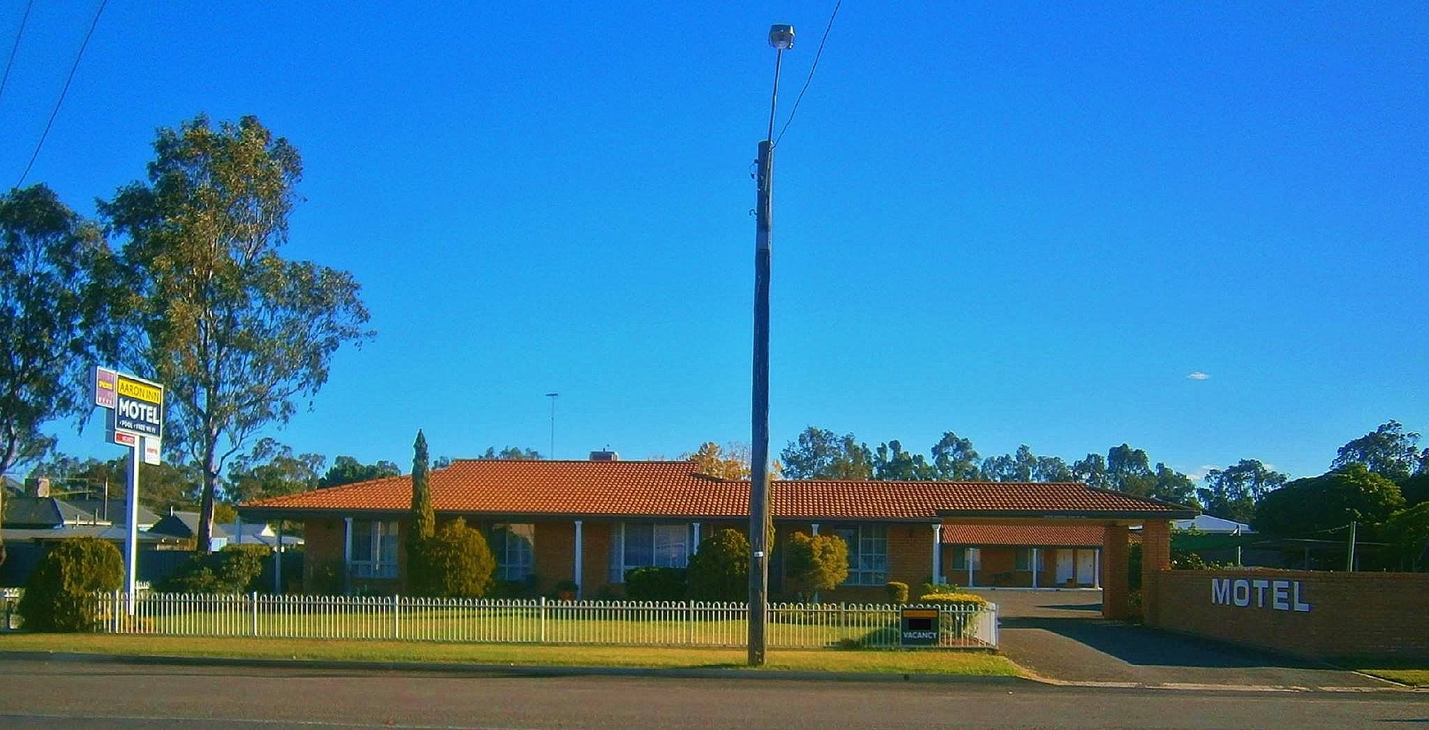 Aaron Inn Motel - VIC Tourism