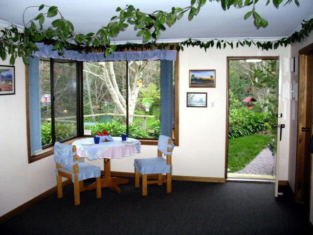 Adelaide Hills Bed  Breakfast Accommodation - VIC Tourism