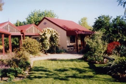 Alpine Country Cottages - VIC Tourism