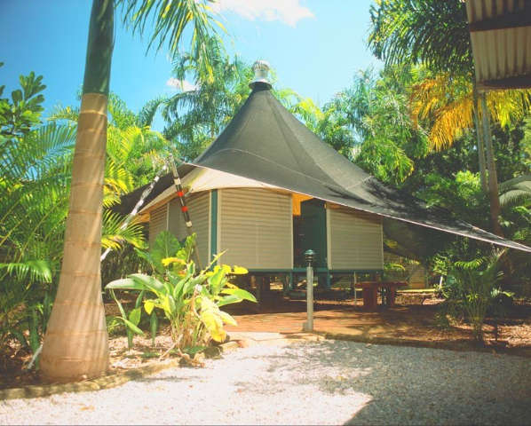Anbinik Kakadu Resort