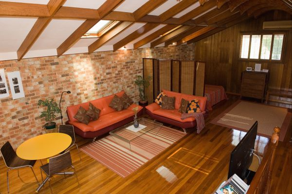 Bet's Bed and Breakfast Studio - VIC Tourism