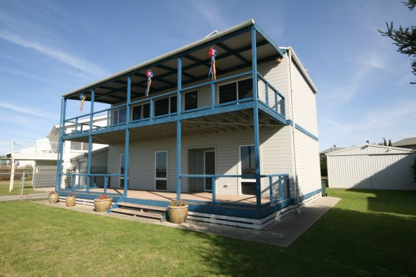 LJ Hooker Goolwa Holiday Rentals - 25 Barrage Road Goolwa South - VIC Tourism