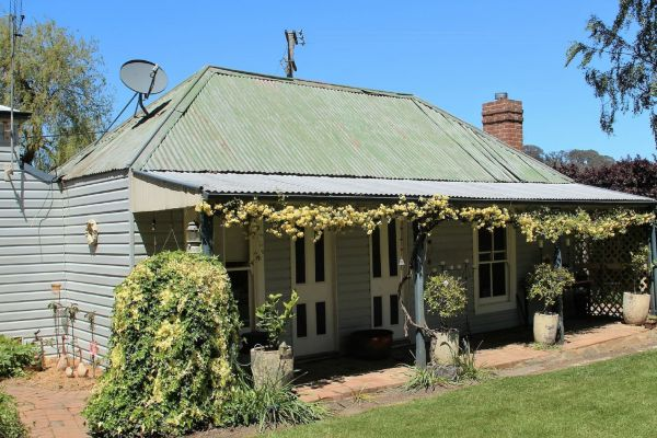 Drayshed Cottage - VIC Tourism