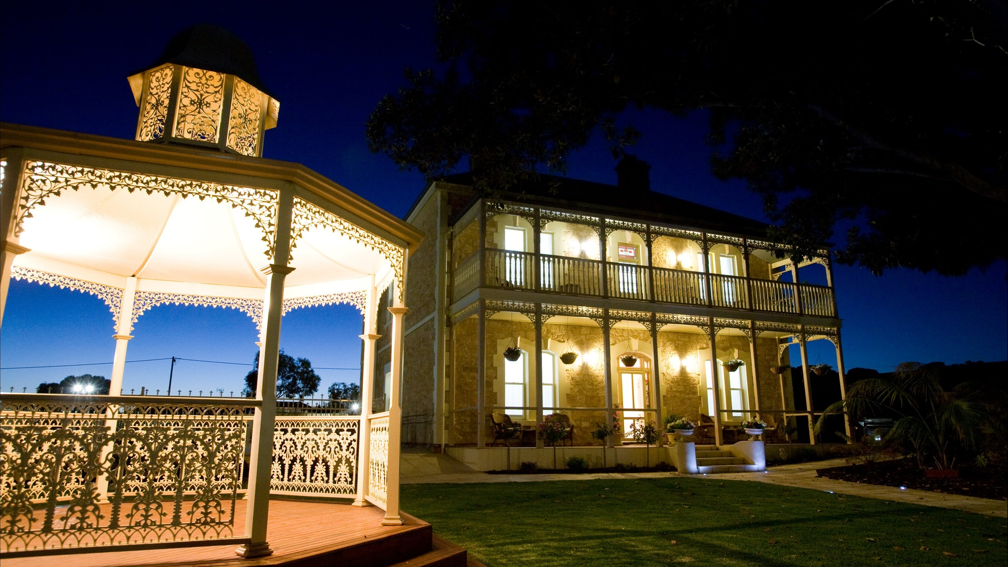Rose Eden House at Goolwa - VIC Tourism