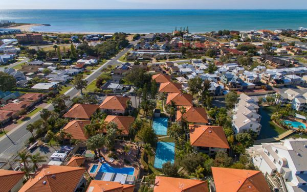 Mandurah Family Resort - VIC Tourism