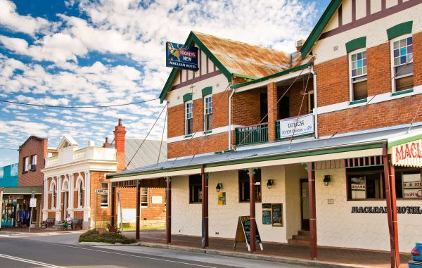 Maclean Hotel - VIC Tourism