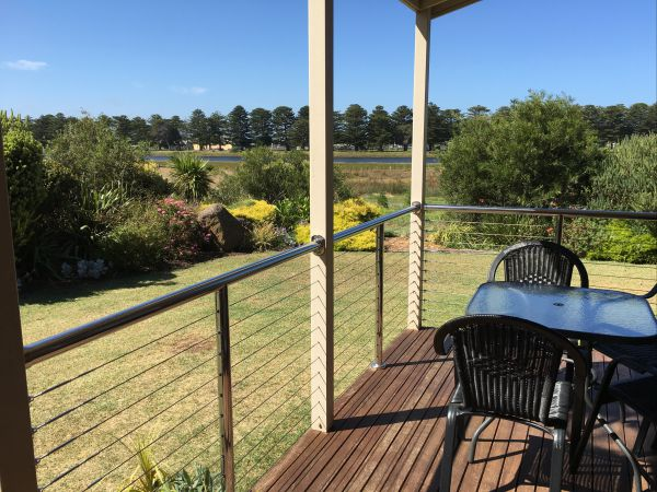 Pelican Waters Holiday Park - VIC Tourism