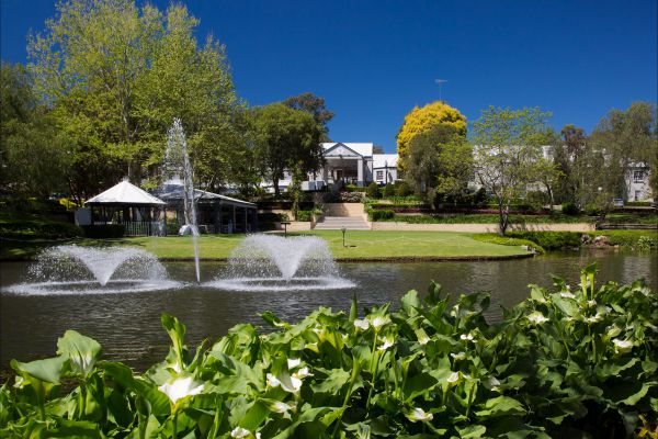 Crowne Plaza Hawkesbury Valley - VIC Tourism