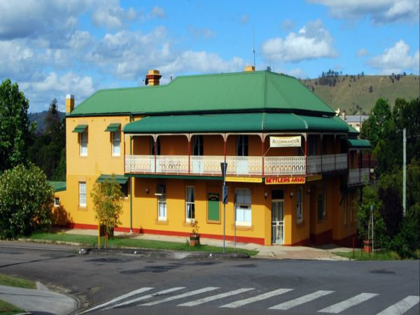 Settlers Arms Hotel - VIC Tourism