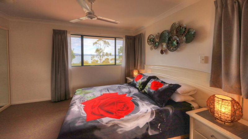 Dolphin Waters Holiday Apartments - VIC Tourism
