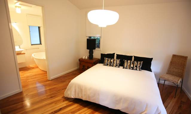 Dalrymples Guest Cottages - VIC Tourism