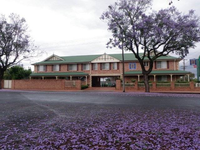 Endeavour Court Motor Inn - VIC Tourism