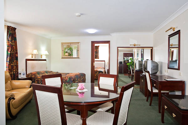 Quality Inn Ambassador Orange - VIC Tourism