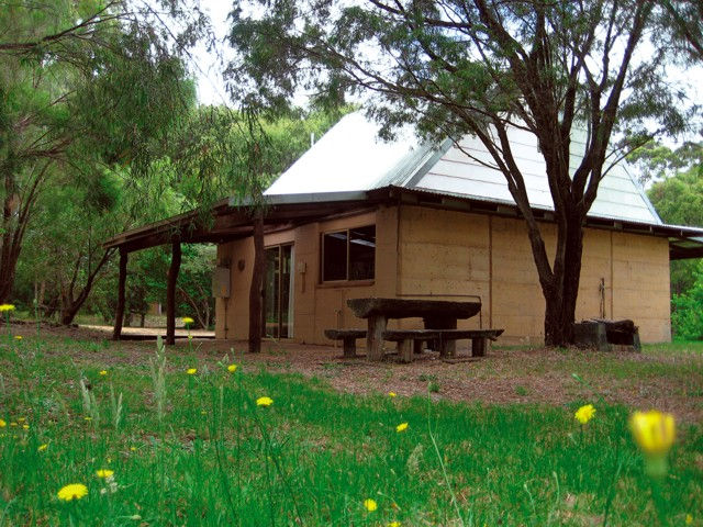 Riverway Chalets - VIC Tourism