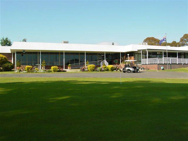Tenterfield Golf Club and Fairways Lodge - VIC Tourism