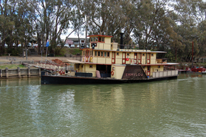 Emmylou Paddle Steamer - VIC Tourism