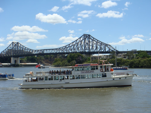 Brisbane Cruises - VIC Tourism
