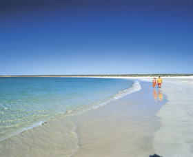 Gnaraloo - VIC Tourism