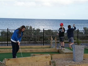Port Vincent Putt Putt - VIC Tourism