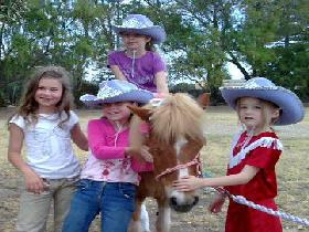 Amberainbow Pony Rides - VIC Tourism