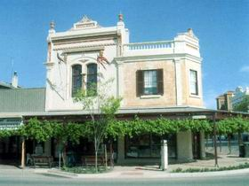 Kapunda Community Gallery Incorporated - VIC Tourism