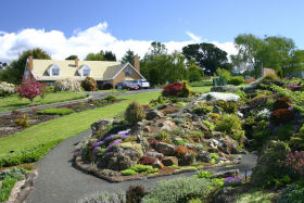 Kaydale Lodge Gardens - VIC Tourism