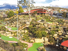 Putters Adventure Golf - VIC Tourism