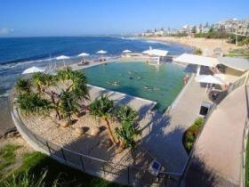 Kings Beach - Beachfront Salt Water Pool - VIC Tourism