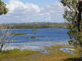 Lake Barfield - VIC Tourism
