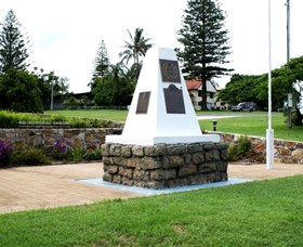 Dunwich War Memorial - VIC Tourism