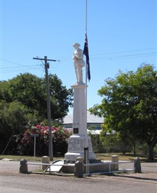 Aramac War Memorial - VIC Tourism